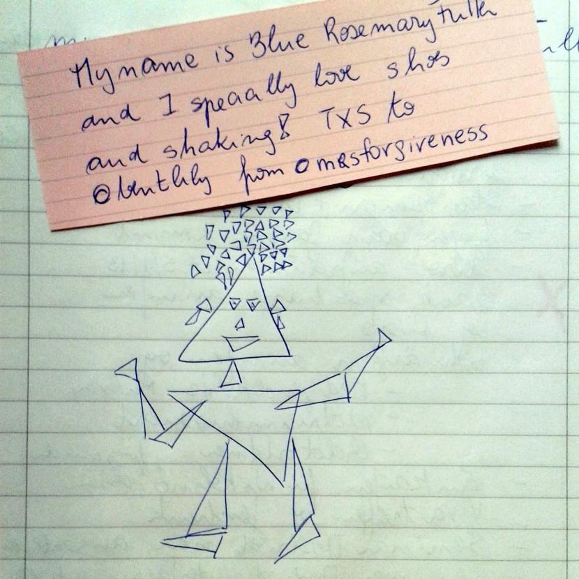 Blue tardó dos minutos en entrar en mi vida - la tarea era hacer un muñeco solo con triángulos en dos minutos