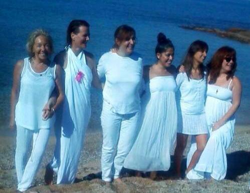 recorte_mujeres_playa_mallorca